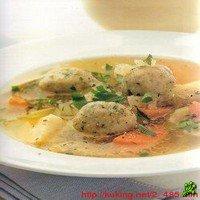 Куриный суп с кнедлями