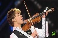 У Александра Рыбака украли его скрипку