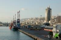 В Хайфском порту арабы напали на