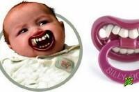 Годовалый младенец чуть не загрыз товарища