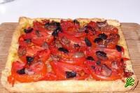 Пирог с сыром, помидорами и горчицей