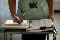 Больничные кассы повысили стоимость услуг