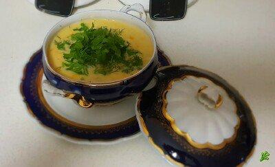 Пикантный сырный суп с море продуктами и лапшой